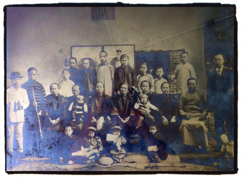 What does one see? Is it through an individual experience or collective influences that shape ones perception? I love this photograph of my father's family. Of course, I did not take it but I want to share it. Canton, China 1800